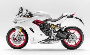 ducati-supersport-2017-recall-fuel-hose-fire